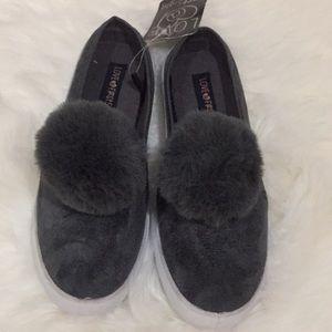 NWTLove@first sight grey furry Pom Pom sneakers